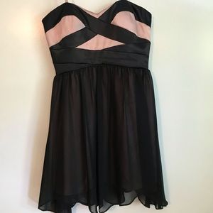 ADRIANNA PAPELL PINK AND BLACK PARTY DRESS